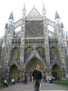 Alice vor der Westminster Abbey
