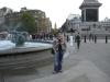 Alice am Trafalgar Square