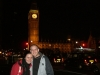 Wir vorm Big Ben bei Nacht