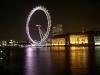 Themse und London Eye bei Nacht
